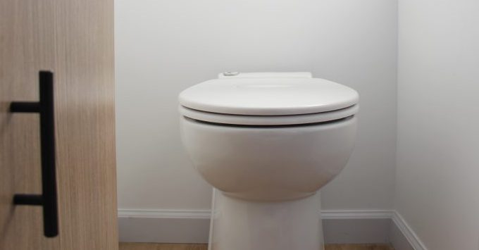 What kinds of toilets are used in tiny houses? tiny house builders