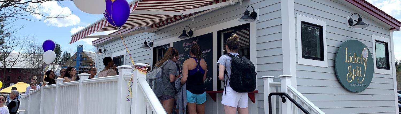 mobile tiny ice cream shop